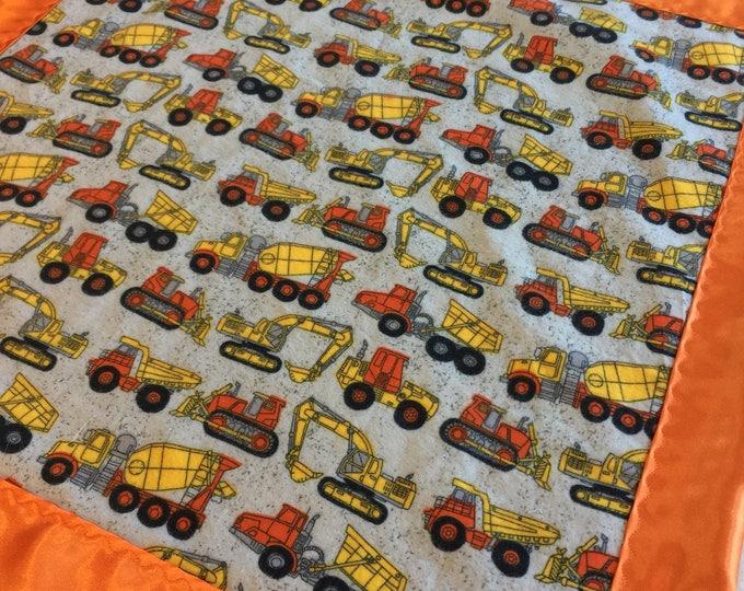 Custom listing 25 x 25 flannel tractor silky