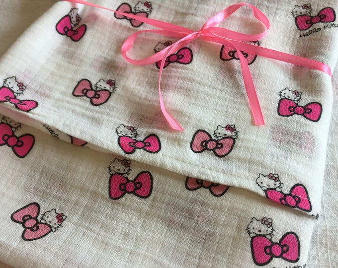 Muslin swaddle blanket. double gauze  blanket, hello kitty baby blanket, receiving blanket, hello kitty swaddle, baby shower gift, baby gift