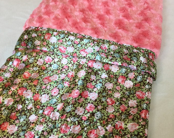Baby Blanket, floral Minky backed and edged with floral silky fabric, this baby blanket measures 30x40
