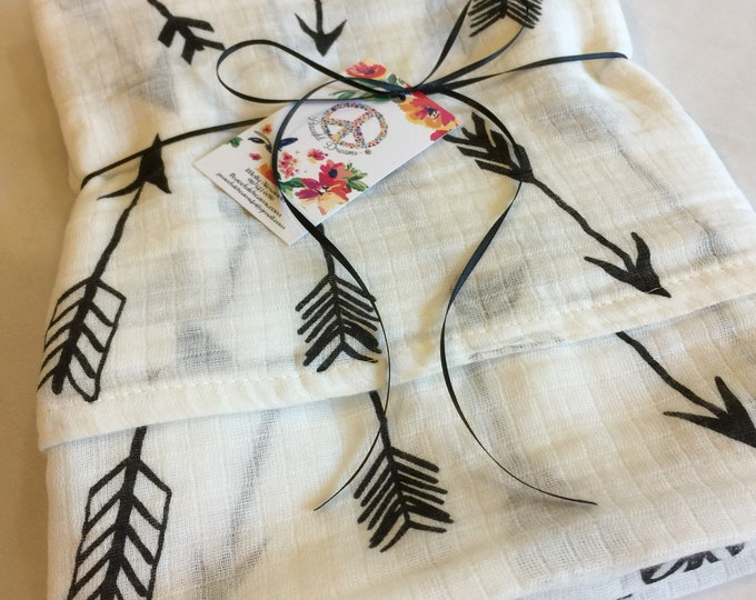 Double gauze swaddle, Muslin swaddle, arrows swaddle blanket, newborn, light weight breathable baby blanket 46x46 ready to ship