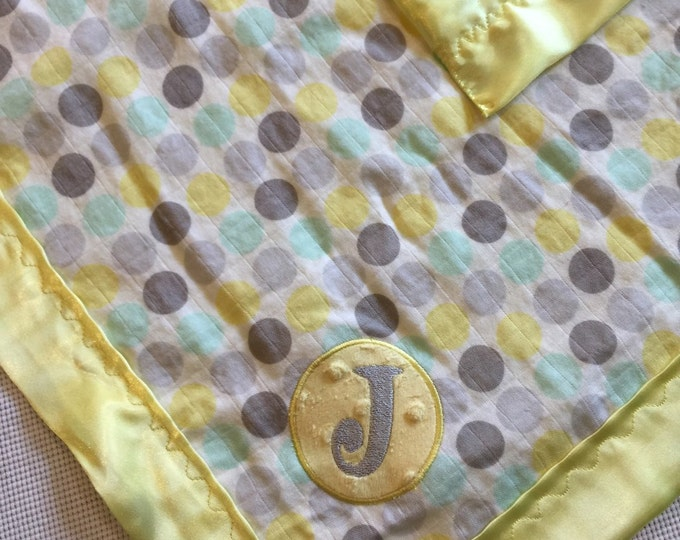 Muslin Travel Baby Blanket backed & edged with silky Fabric. Personalized with initial or name. Babyblanket, travelblanket, cribblanket