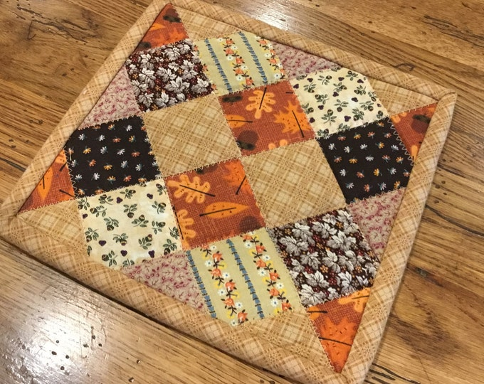Homemade quilted potholder, approximately 8x8, READY TO SHIP, quilted Hot Pad, pot holder, hotpad, perfect for gift giving and receiving