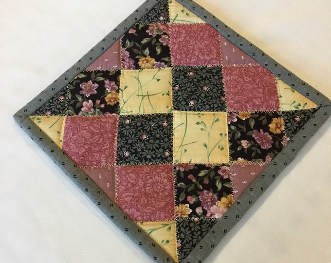 Homemade quilted potholder, approximately 8x8, quilted Hot Pad, pot holder, hotpad, perfect for gift giving and receiving