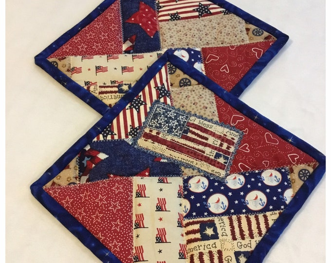 Two Homemade Heavy Duty quilted potholder, Set of handmade quilted hot pads, 9x9, perfect gift, perfect easter and Mother's Day gift