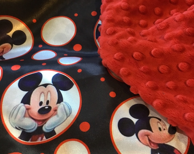 Custom Listing. 30x40 Mickey Mouse Blanket