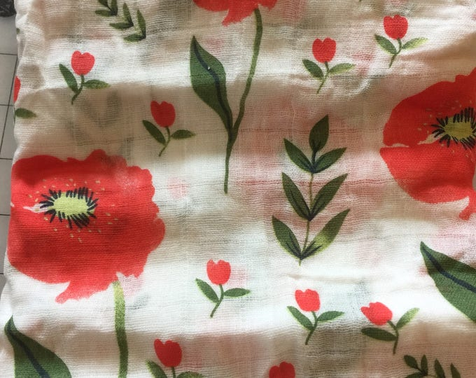 Double gauze swaddle, Muslin swaddle baby blanket, floral baby blanket swaddle blanket, newborn, light weight, red flower swaddle blanket