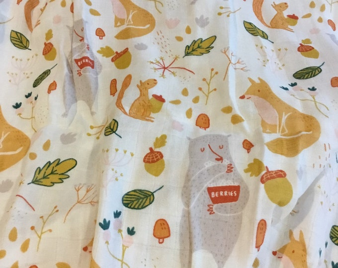 Double gauze swaddle, Muslin swaddle, lovely woodland swaddle baby blanket, fox, bear, squirrel light weight breathable baby blanket, bamboo