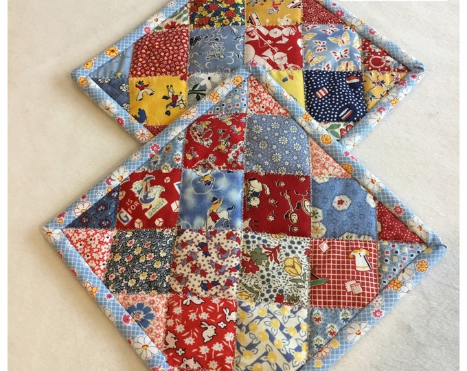 Two Homemade Heavy Duty quilted potholder, Set of handmade quilted hot pads, 9x9, perfect gift
