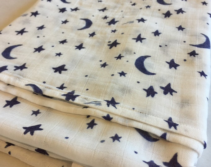 Moon and stars Double gauze swaddle, Organic Muslin swaddle blanket, newborn, light weight breathable baby blanket, 47x47