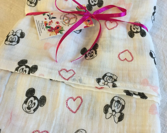 Double gauze swaddle, Muslin swaddle, Minnie Mouse, Mickey Mouse, swaddle baby blanket, newborn, light weight breathable baby blanket