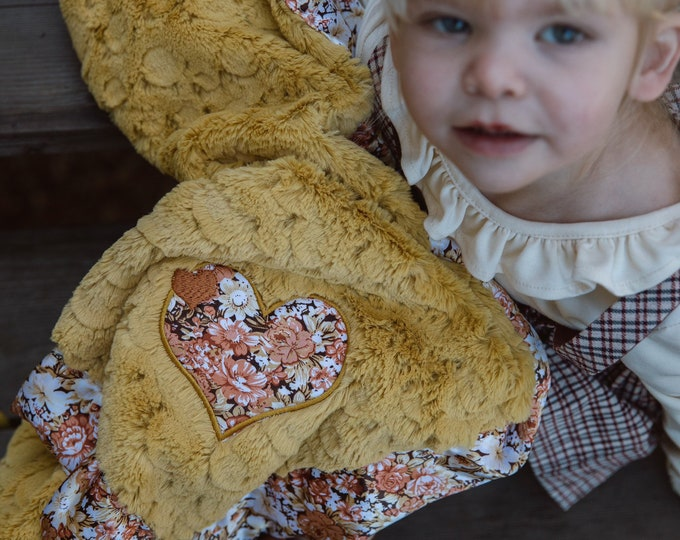 Baby Blanket, floral Minky Blanket, Silky Blanket, plush blankets, kids blanket, satin blanket, personalized baby blankets, 30x40