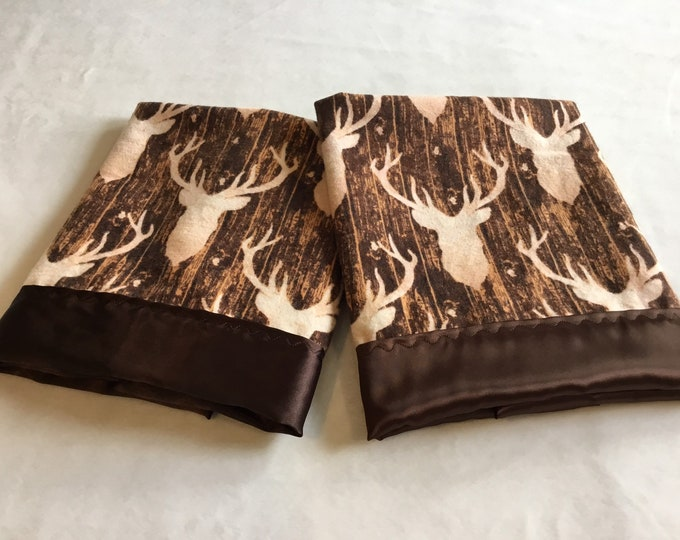Lovey, baby blanket, crib blanket, silky blanket. Buck/deer flannel front, backed and edged with coordinating silky, 20x20,