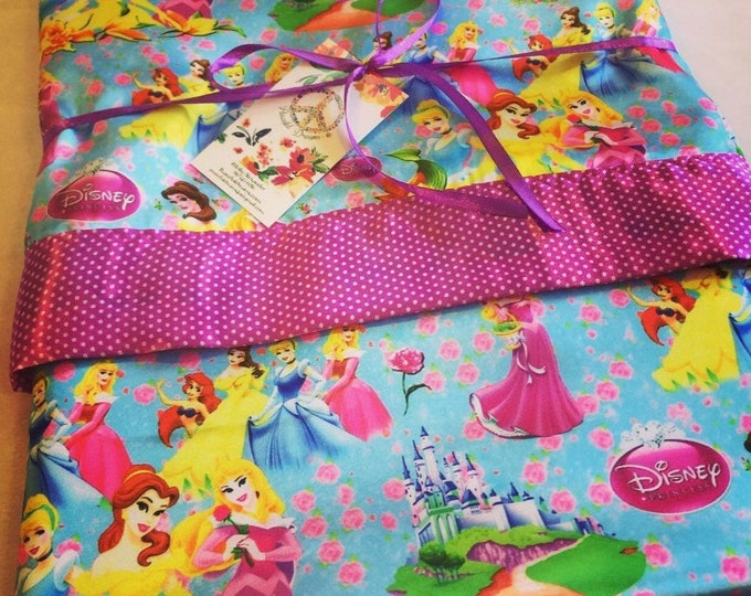 Disney princess Silky Blanket, this silky blanket measures 40x50, perfect gift for a little girl..