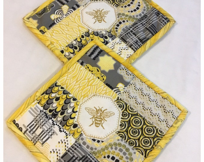 Two Homemade Heavy Duty quilted potholder, Set of handmade quilted hot pads, 9x9, perfect gift, perfect easter or Mother's Day gifts.