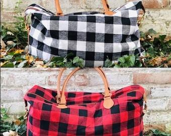 Sports Gym Duffel Barrel Bag Black Red Plaid Tartan Travel Luggage Handbag for Men Women