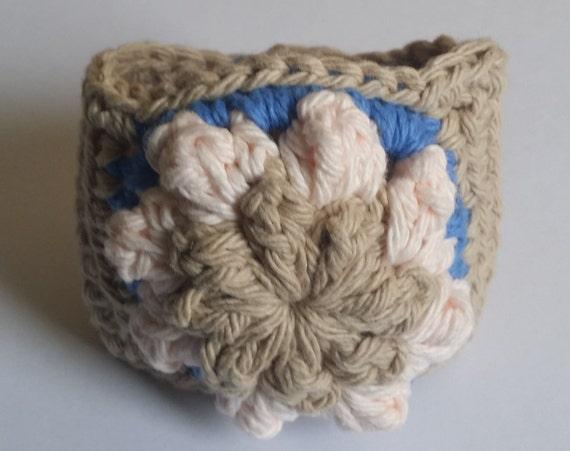 Boho Cuff Bracelet. Boho Chic Bracelet. Crochet Bracelet. Flower Cuff Bracelet. Crochet Jewelry. Boho Jewelry. Ready to Ship. Free shipping.