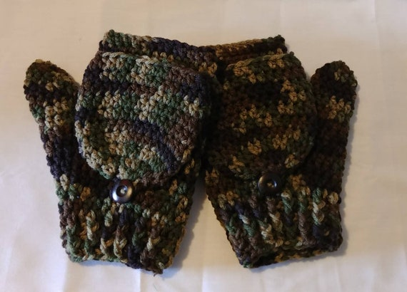 Camo Men's Flip-Top Fingerless Gloves