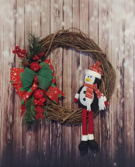 Penguin Wreath, Christmas Grapevine Wreath, Christmas Wreath, Grapevine Wreath, Holiday Wreath, Christmas Decor, free shipping