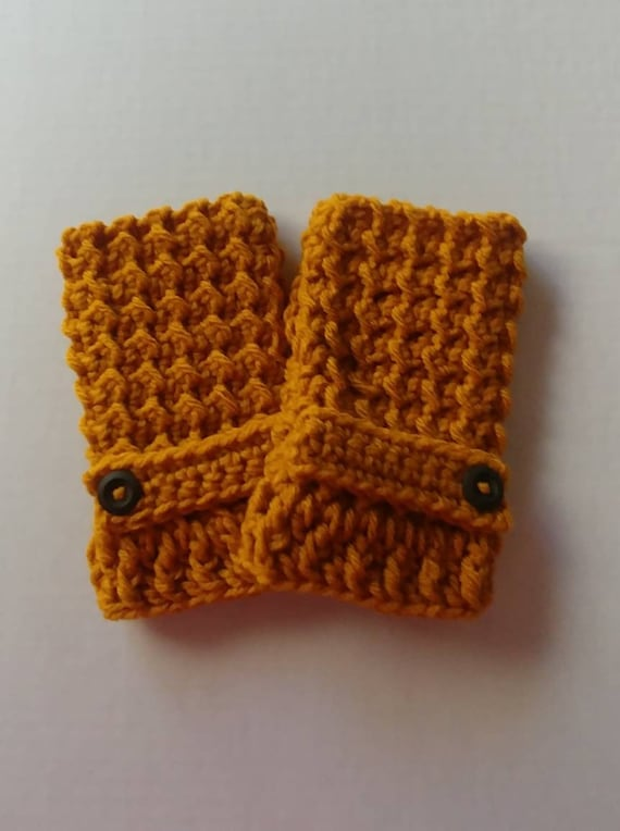 Women's Gold Fingerless Gloves