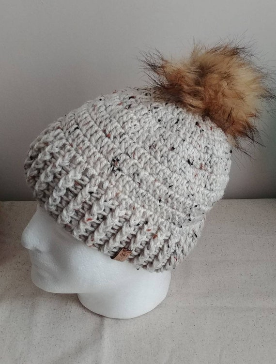 Speckled Chunky Hat with Pom