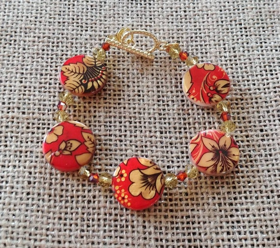 Golden Blooms Beaded Bracelet