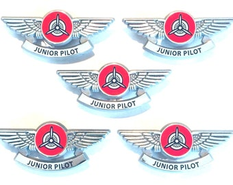 5 Kids Airplane Propeller Pilot Wing Pins Plastic Badges Party Favors