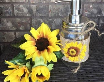 Teacher appreciation gift, gift for mom, mason jar kitchen soap dispenser, sunflower rustic bathroom, mason jar soap pump, sunflower decor