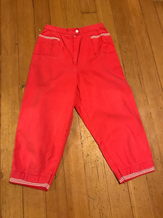 Mid 50s Coral Red Capri/ Clam Digger Pants with Sw