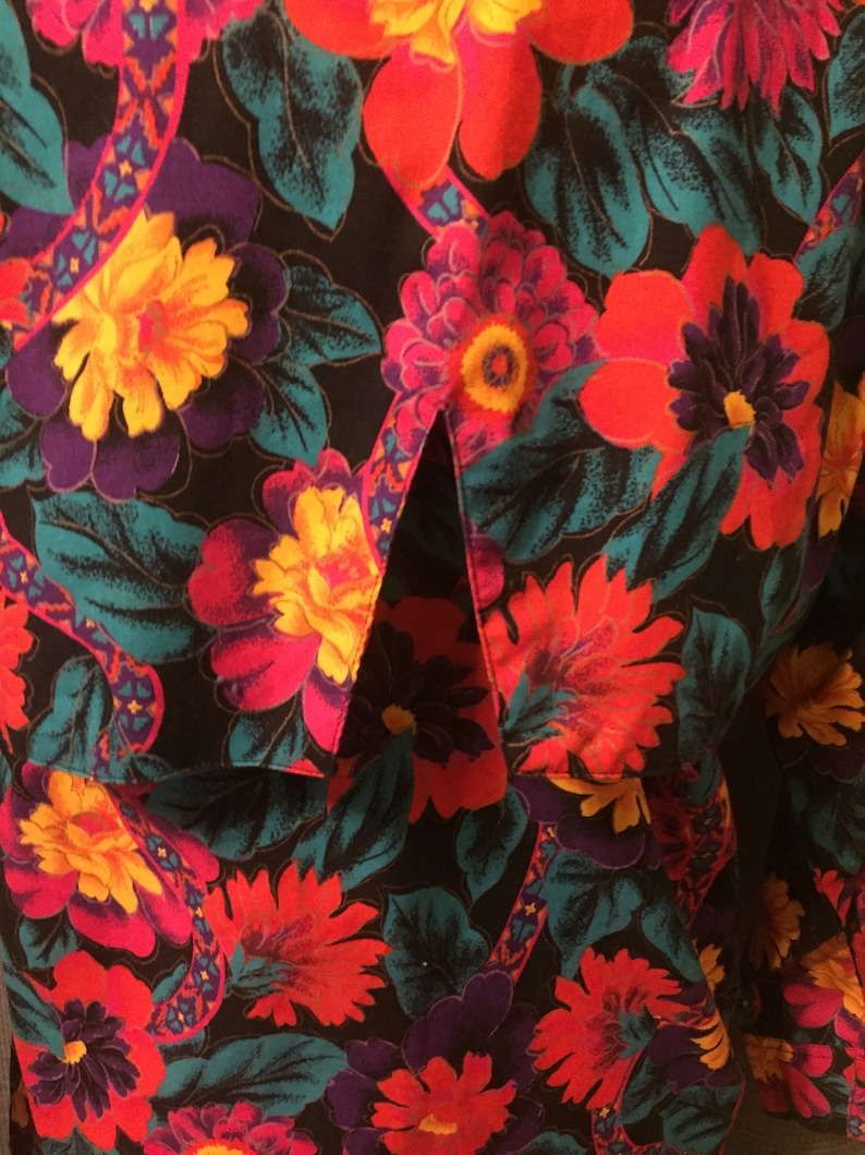 AMAZING 90s Western Floral Wrangler Blouse with Cut Out Detail