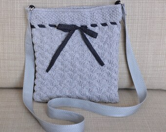 Grey Cable Knit Purse
