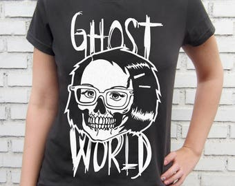 Enid Skull - Ghost World - Graphic Novel - Women Smoke T-Shirt – Screen Printed 100% Cotton.