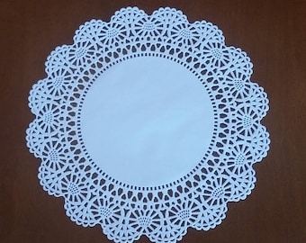 """20 or 50 Round 8"""" Intricate lace edge paper doilies"""