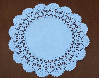 """50 Round 4"""" Intricate lace edge paper doilies"""