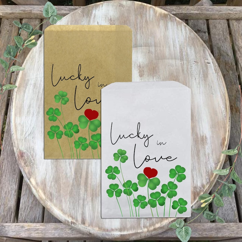 Lucky in Love favor bag Handmade|Customize now!Wedding favor bags-mask favor-Covid-19 holiday-ST.Patrick/'s Day-Party favor-Clover