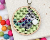 Funky Bamboo Embroidered Kit / Iconic Kiwiana Bird Embroidery / Tui Necklace / Continental Stitch Necklace