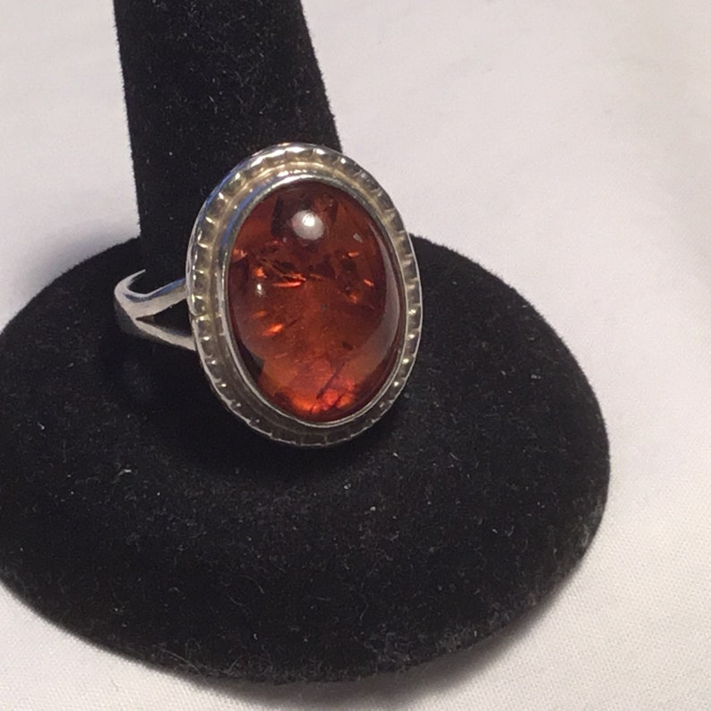 Beautiful Vintage 1980/'s Sterling Silver Amber Ring Size 10 Weighs 9 Grams.