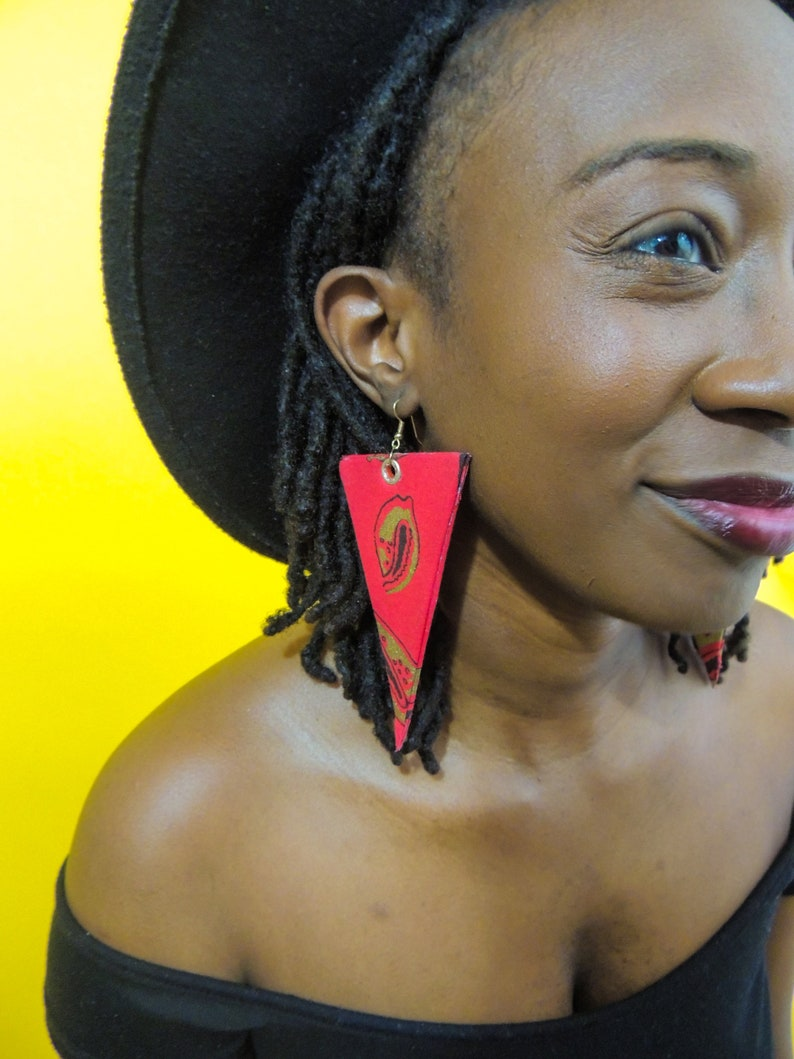 Redshe Triangular Shaped Earrings image 0