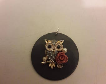 "Pendant ""OWL in gold"""