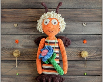 Bee crocheted toy handmade doll Stuffed Amigurumi Toy Plush Softie Baby soft toy custom toys for Children Kids Stuffed Toy