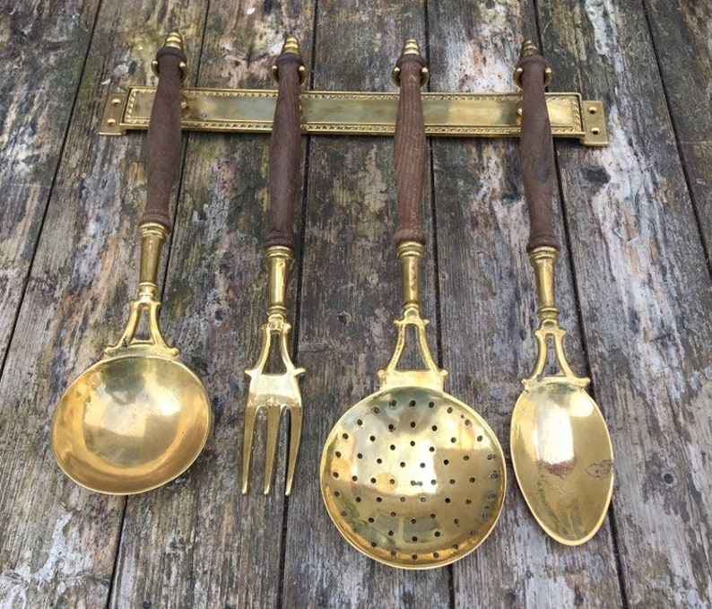Meat Fork and Spoon Including Hanging Bar Skimmer Ladle Vintage Wall Mounted Country Kitchen Look. Brass and Wood Kitchen Utensils