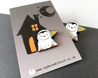 Penguin ghost enamel pin, Halloween spooky brooch, penguin boo badge, enamel pins