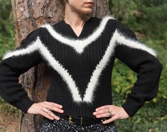 Vintage Black and White Chevron Sweater made with Luscious Angora! Womens- Size M