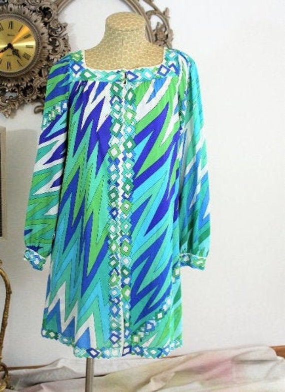 Vintage Emilio Pucci for Formfit Rogers robe and g