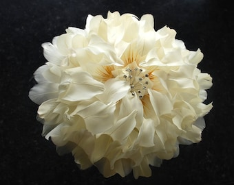 GIANT Peony Wedding bouquet, Ivory Feather Flower, Bridal Bouquet, Brides Bouquet, Feather flower, Wedding Flowers, Diamonte