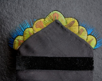 Feather Pocket Square