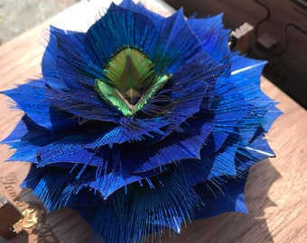 Large PEACOCK Feather Flower 3D, Wedding Flower, Bridal Flower, Bridal Clip, Bridal Comb, Feather Flower Pin, Feather lapel pin, Brooch,