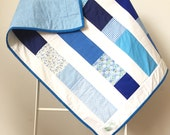 Quilt | Blue & White Colu...