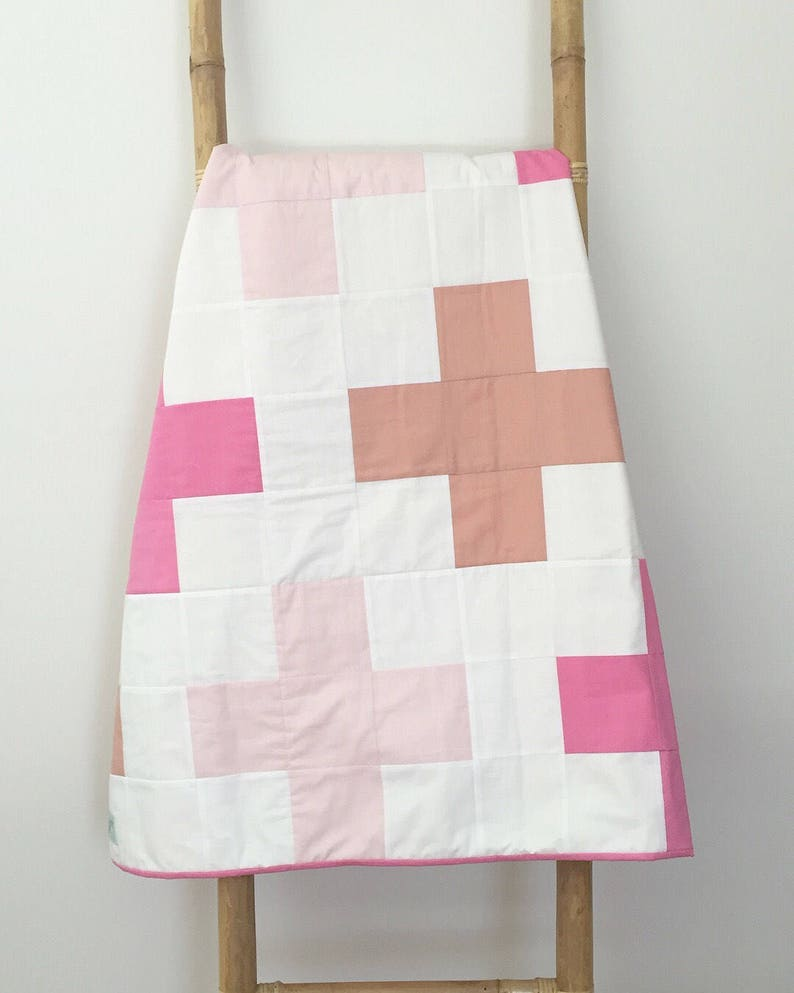 Quilt  Crosses Pink image 0