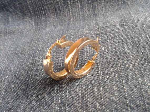 Beautiful 9ct Gold Hoop Earrings - image 6