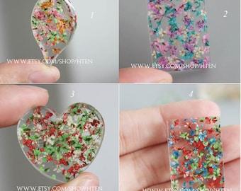 2pcs  Handmade real Floral  Resin pendant